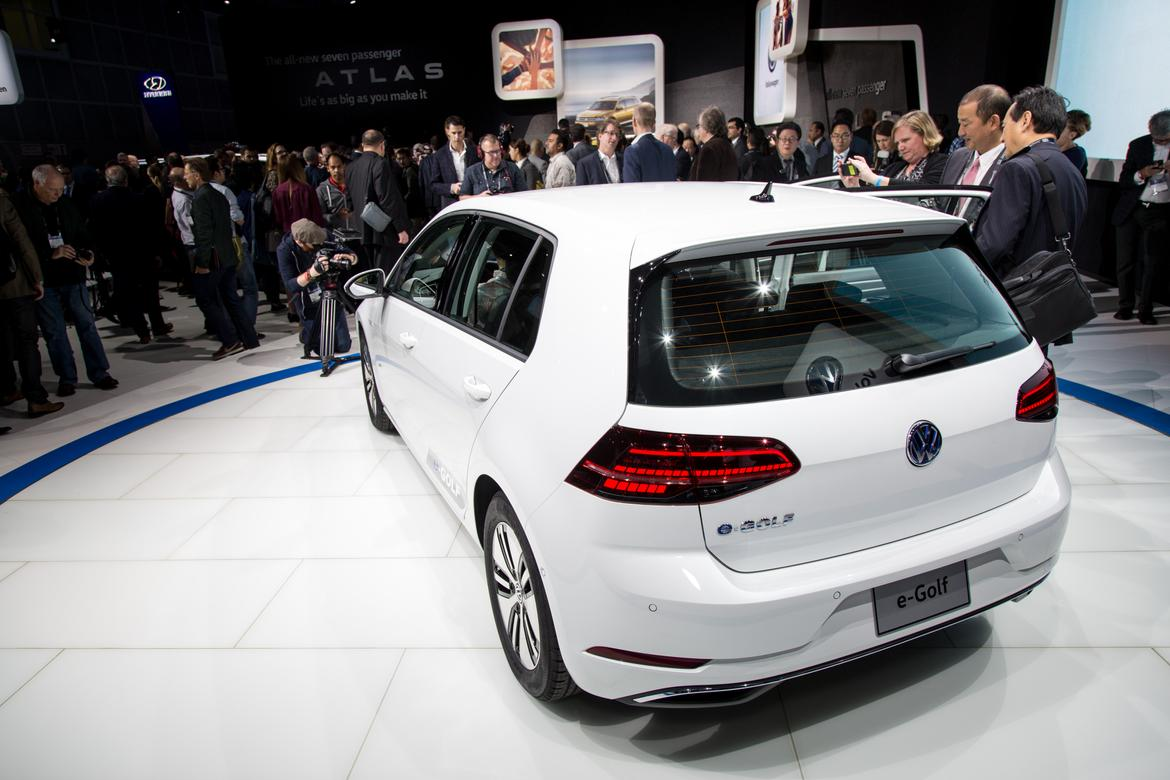 Volkswagen boosts range of e-Golf electric car