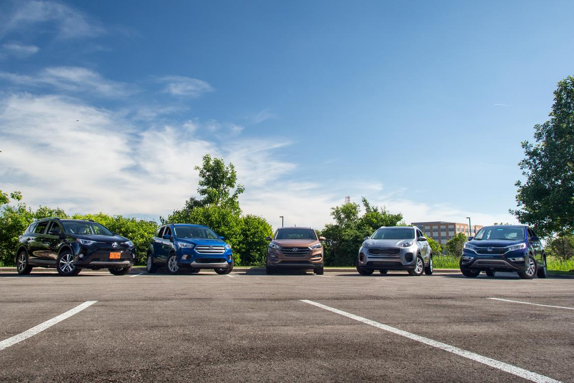 2016Compact-SUV_SO_GroupShot1_AC_07.jpg