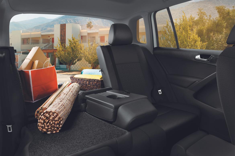2017 Volkswagen Tiguan Limited 3 OEM.jpg