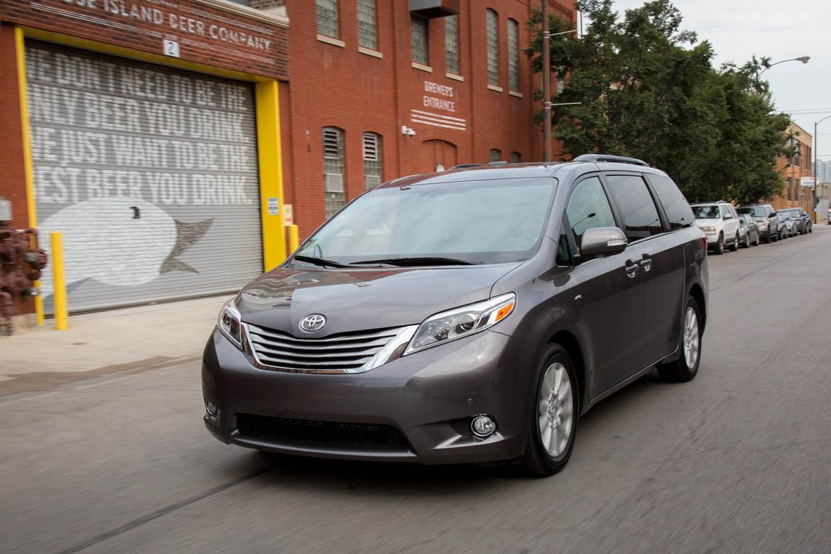 2017 Toyota Sienna - Our Review | Cars.com