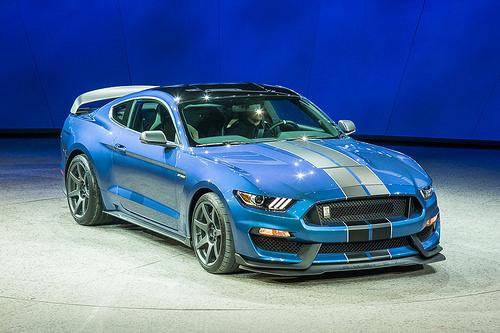 2016 ford shelby gt350r mustang details and photos news. Black Bedroom Furniture Sets. Home Design Ideas