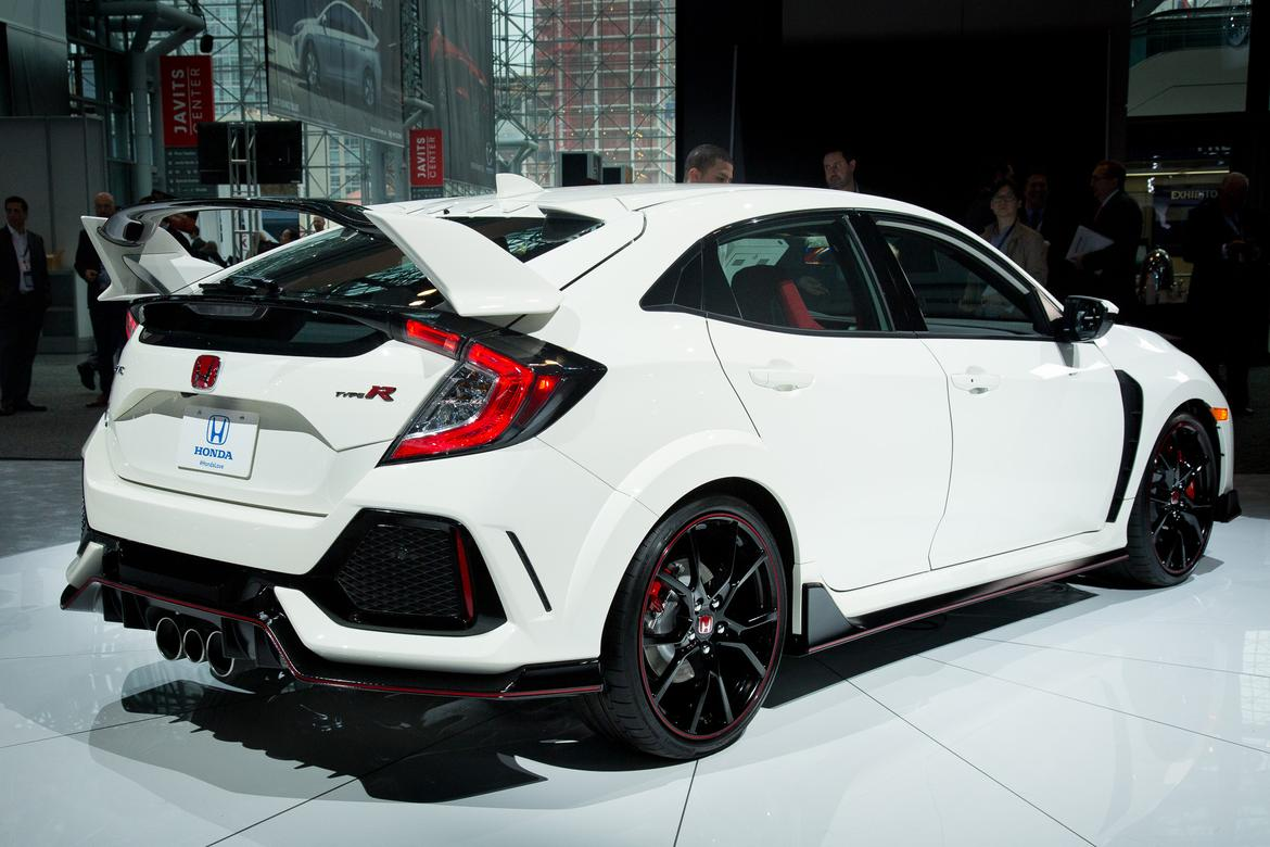 17Honda_Civic_Type_R_AS_ES_07.jpg