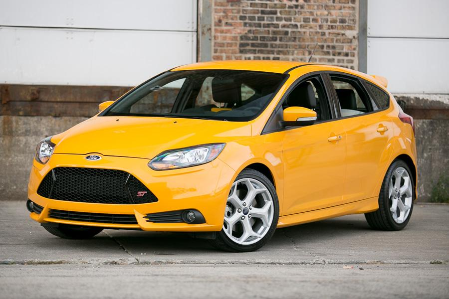 2014 ford focus st our review. Black Bedroom Furniture Sets. Home Design Ideas