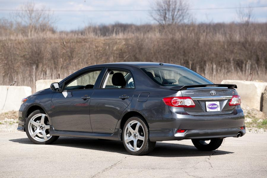 2013 toyota corolla our review. Black Bedroom Furniture Sets. Home Design Ideas
