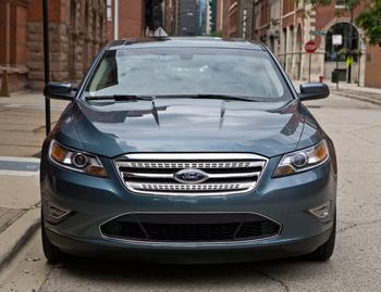 2010 ford taurus our review cars com rh cars com Ford Taurus Fuse Box Ford Taurus Steering Wheel