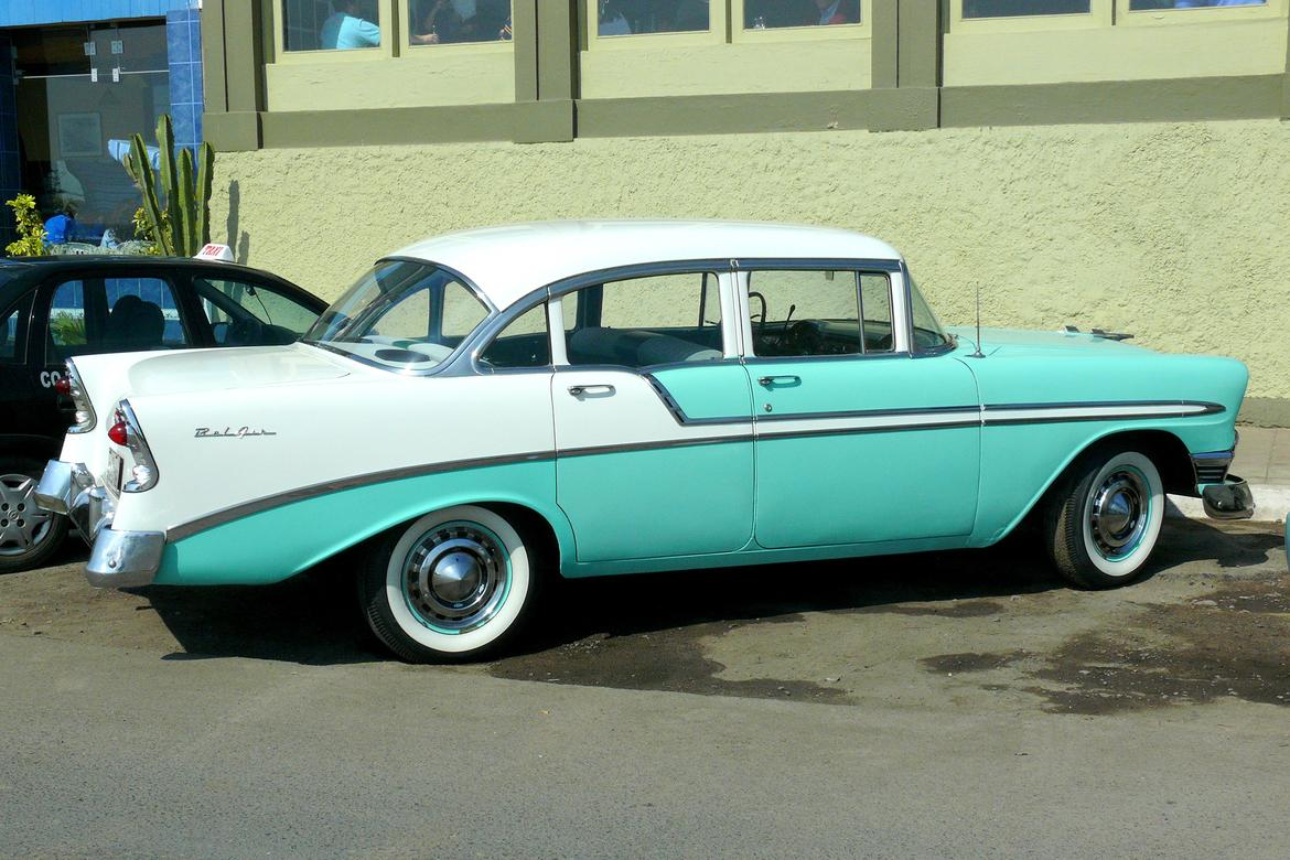 Oscars_Chevrolet_Bel_Air.jpg