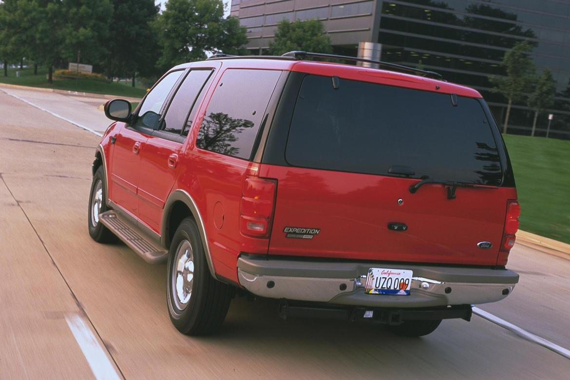 01_Ford_Expedition.jpg