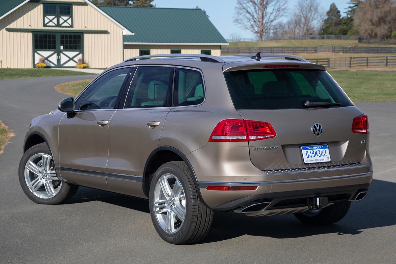 2016 VW Tourareg TDI diesel OEM.jpg