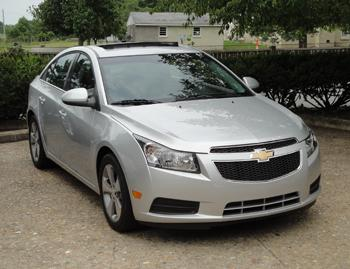 2011 chevrolet cruze our review. Black Bedroom Furniture Sets. Home Design Ideas