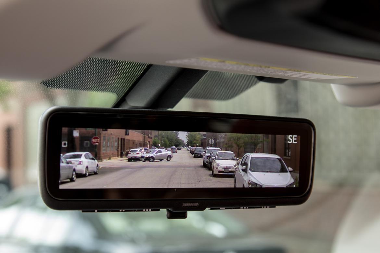 29-subaru-ascent-2019-interior--rearview-mirror-interior--rearvi
