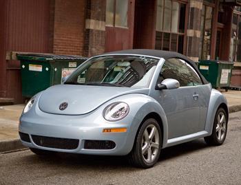 2009 volkswagen new beetle our review. Black Bedroom Furniture Sets. Home Design Ideas
