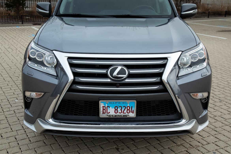 21-lexus-gx-460-2019-detail--exterior--front--grey.jpg