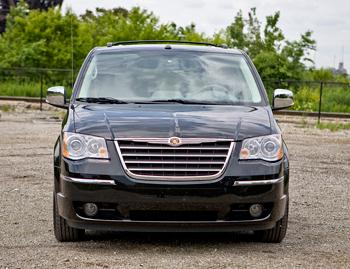 2009 chrysler town country our review. Black Bedroom Furniture Sets. Home Design Ideas