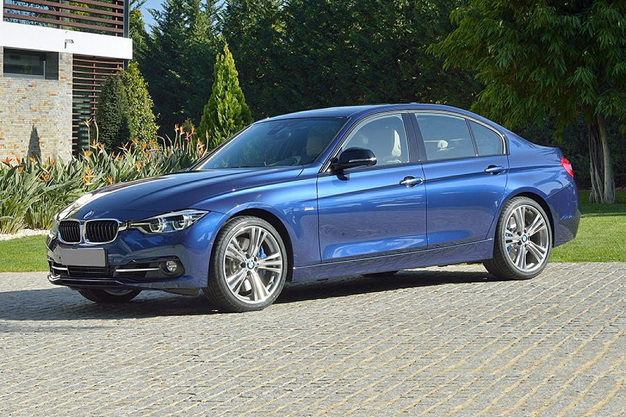 2017 Bmw 335i >> 2017 Bmw 3 Series What S Changed News Cars Com