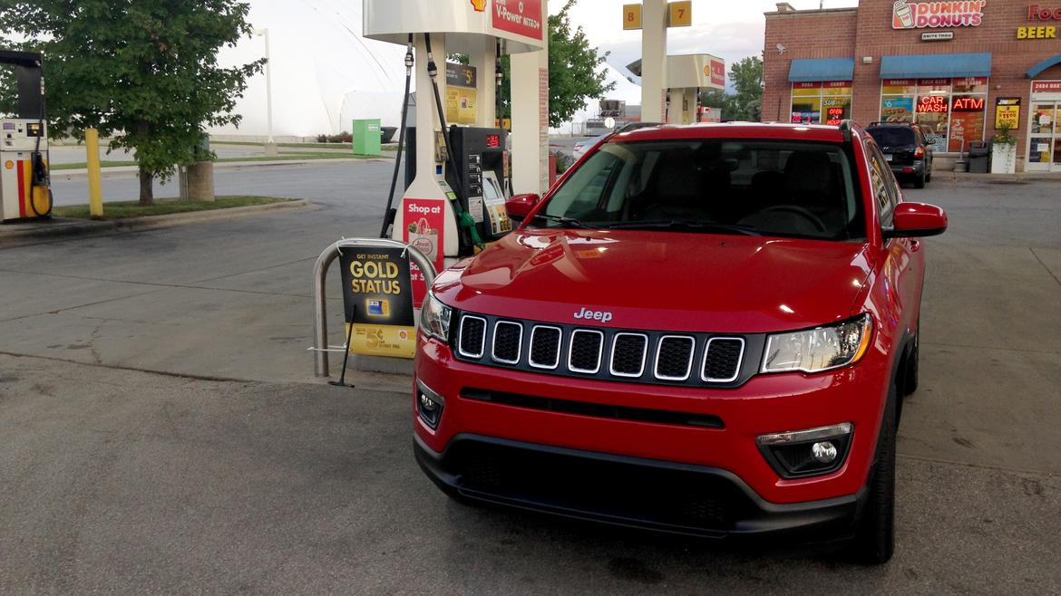 2017 jeep compass real world fuel economy news. Black Bedroom Furniture Sets. Home Design Ideas