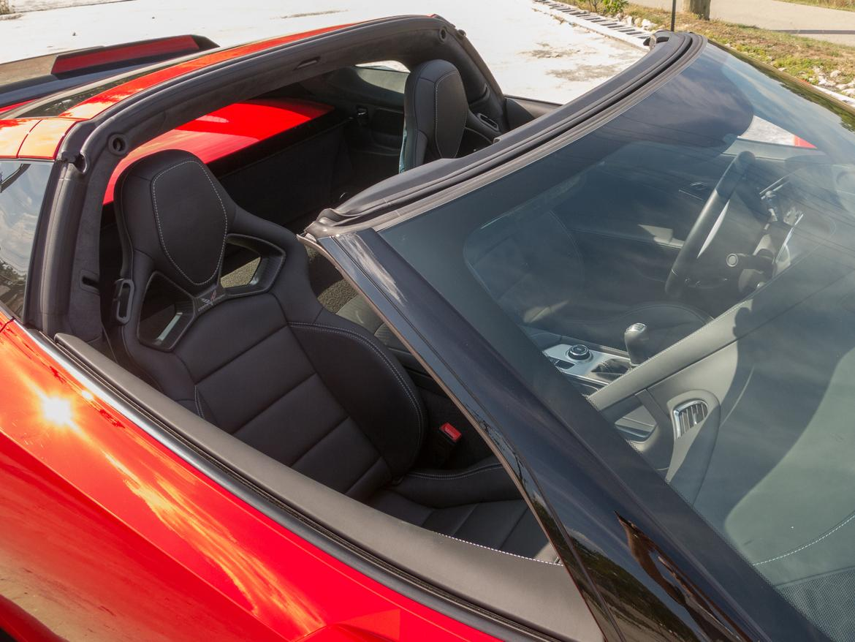 07-<a href=chevrolet.php > <a href=chevrolet.php > Chevrolet </a> </a>-corvette-targa-roof-2018-exterior-red.jpg