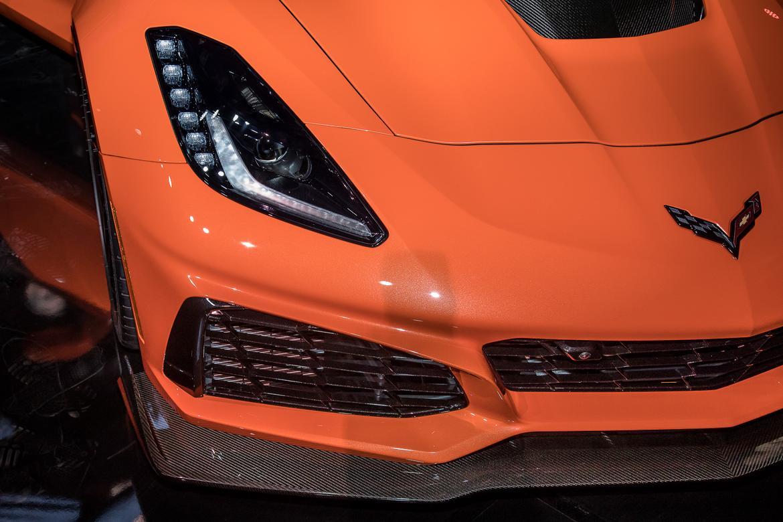 08-<a href=chevrolet.php > <a href=chevrolet.php > Chevrolet </a> </a>-corvette-zr1-2019-17LAAS--detail--exterior--front--