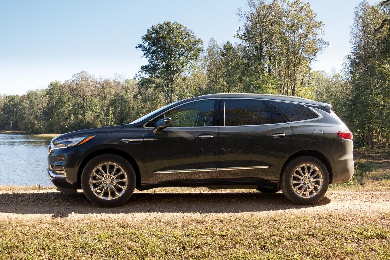 03-2018-buick-enclave-2018-Buick-Enclave-exterior-grey-profile.j