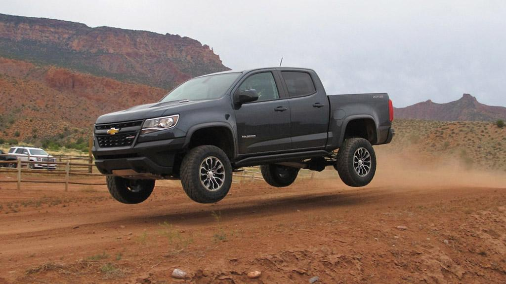 2017 chevrolet colorado zr2 review first drive news. Black Bedroom Furniture Sets. Home Design Ideas