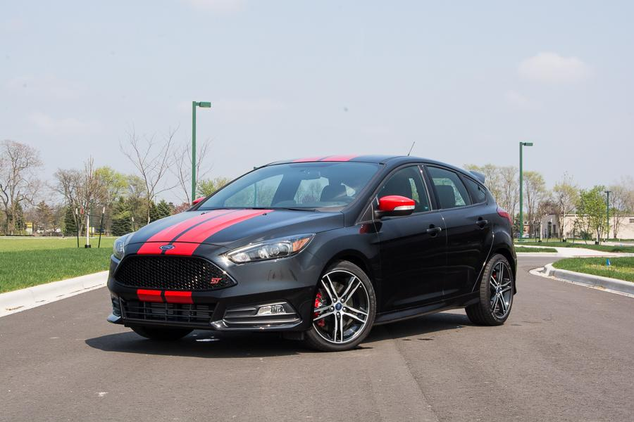 2015 ford focus st our review. Black Bedroom Furniture Sets. Home Design Ideas