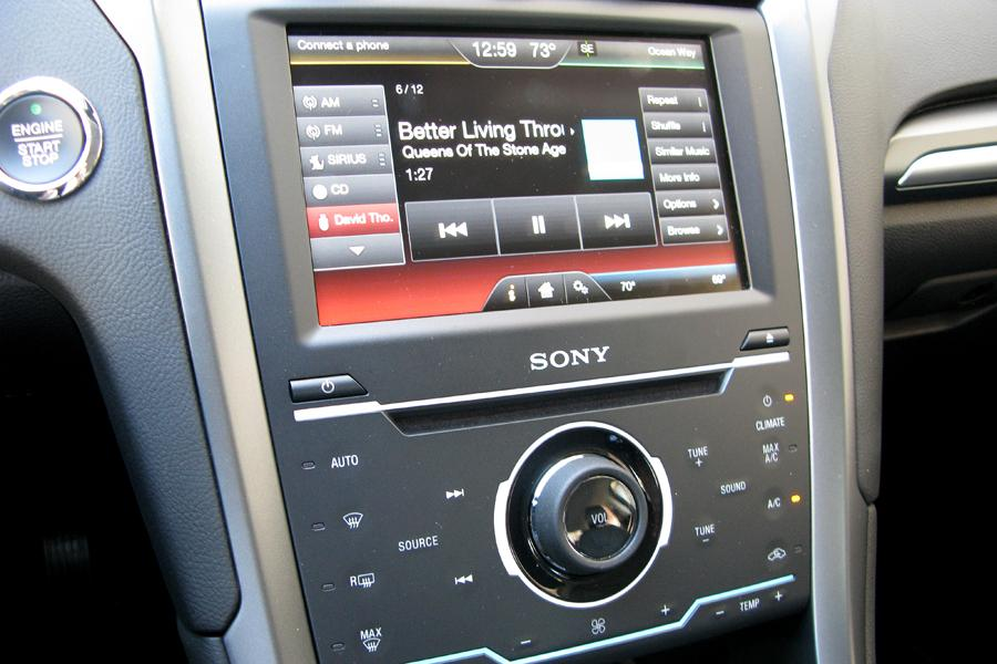2014 ford taurus sony radio