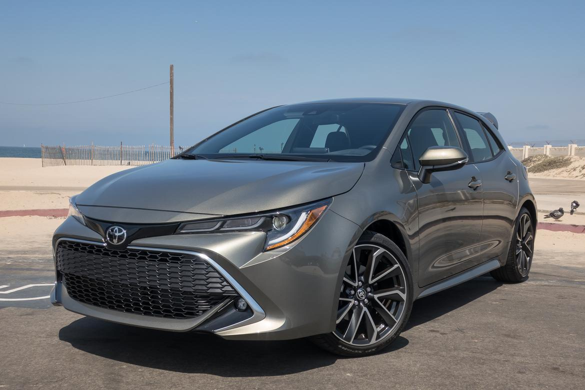 Learning To Drive Stick The 2019 Toyota Corolla Hatchback Is For