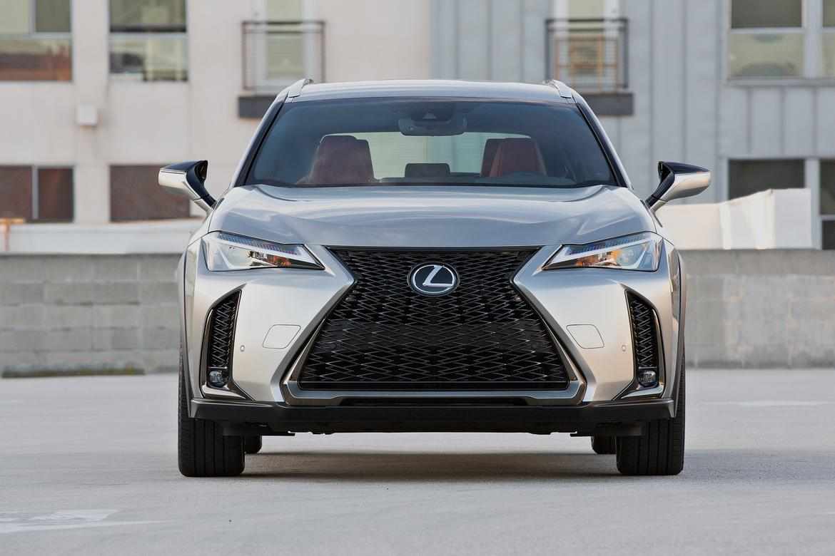 2019 lexus ux small in size big in design news. Black Bedroom Furniture Sets. Home Design Ideas