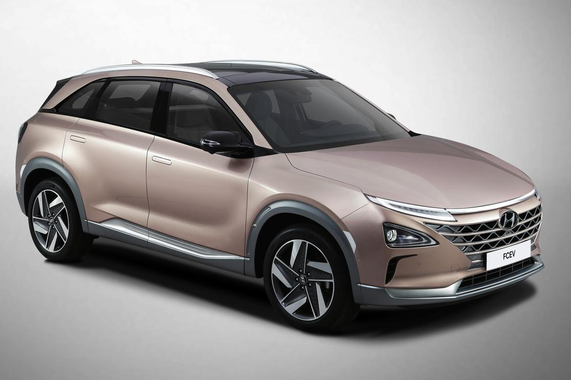 Hyundai breaks from the pack with fuel-cell SUV