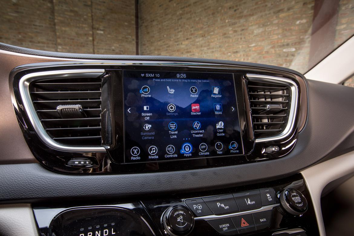 2017 Chrysler Pacifica UConnect Dashboard system