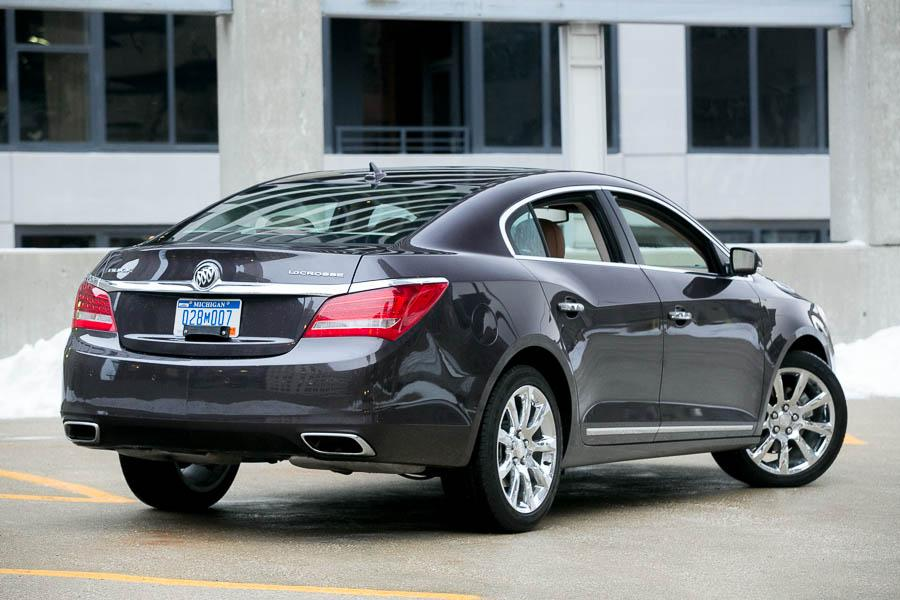 2014 Buick LaCrosse - Our Review | Cars.com