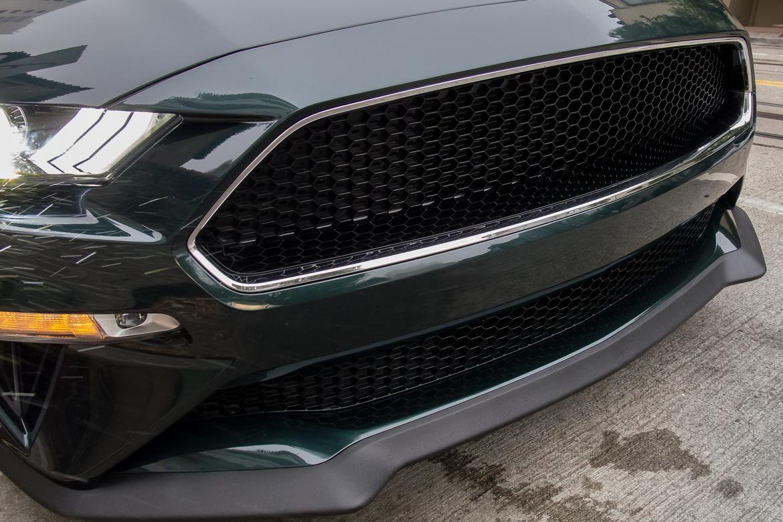 04-ford-mustang-bullitt-2019-exterior--front--green--grille.jpg