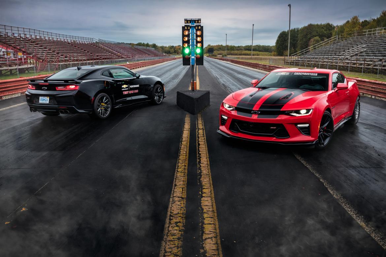 Camaro black and red chevy camaro : 2017 Chevrolet Camaro Overview   Cars.com