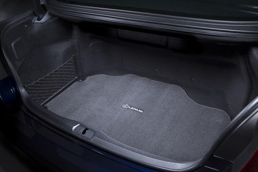 2014 Lexus LS 600h L - Our Review | Cars.com