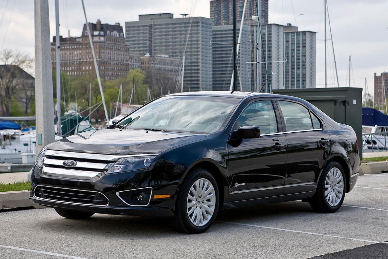 ford-fusion-hybrid-2010-im.jpg