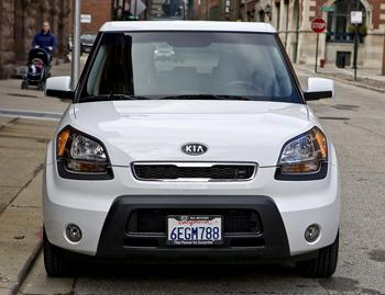 2011 kia soul our review. Black Bedroom Furniture Sets. Home Design Ideas