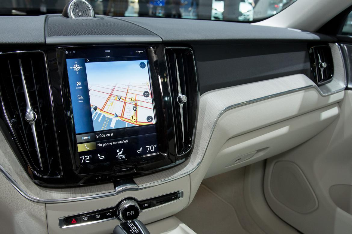 2018 volvo xc60s touchscreen is more logical news. Black Bedroom Furniture Sets. Home Design Ideas