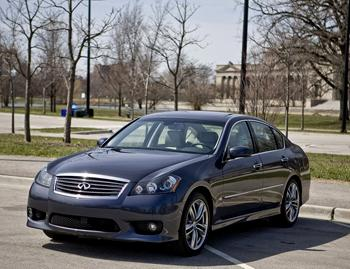 2009 infiniti m45 our review. Black Bedroom Furniture Sets. Home Design Ideas