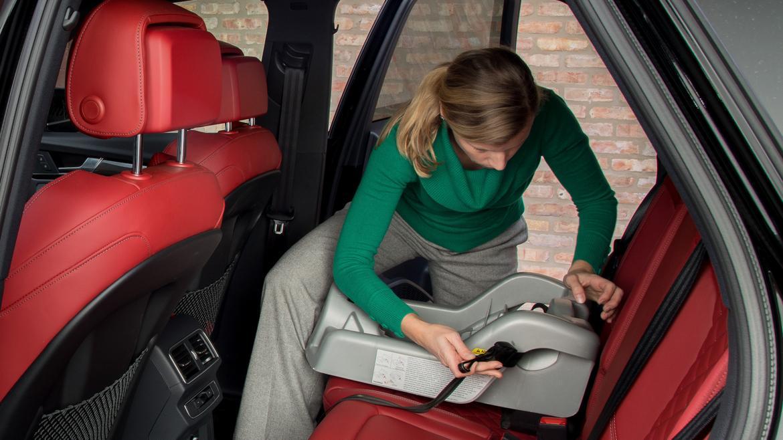 2018 Audi SQ5 Car Seat Check
