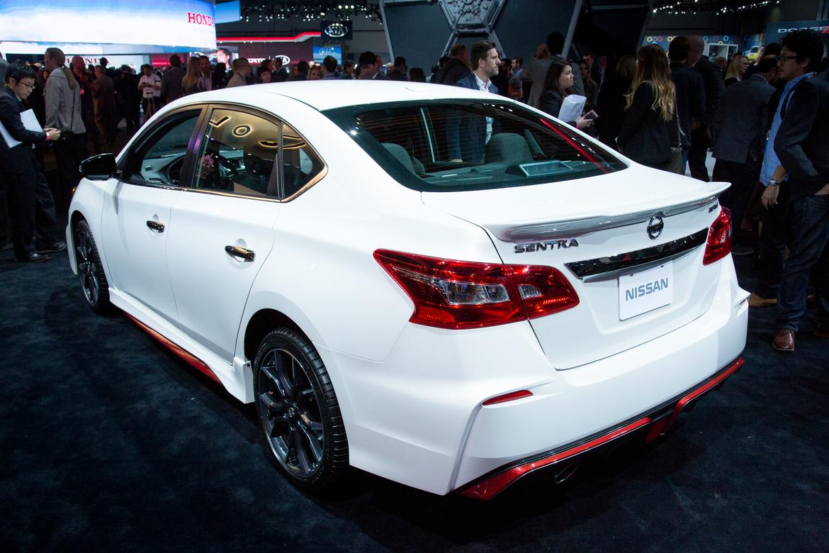 2017 nissan sentra nismo review first impressions and quick spin news. Black Bedroom Furniture Sets. Home Design Ideas