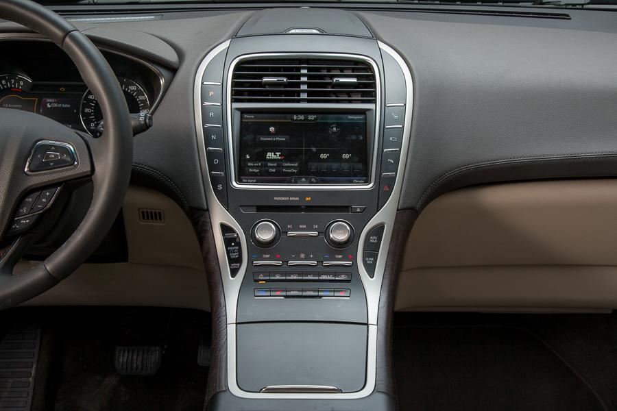 2016 lincoln mkx our review. Black Bedroom Furniture Sets. Home Design Ideas