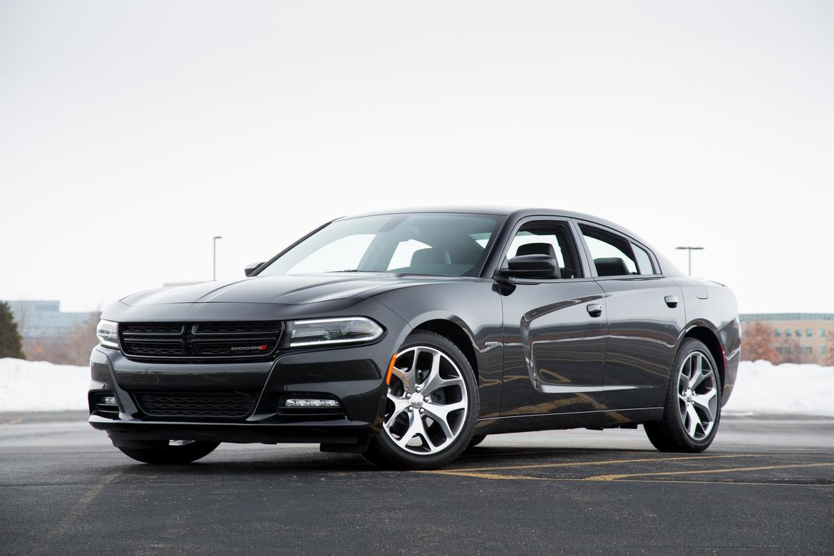 which 2015 dodge charger r/t should you buy? | news | cars