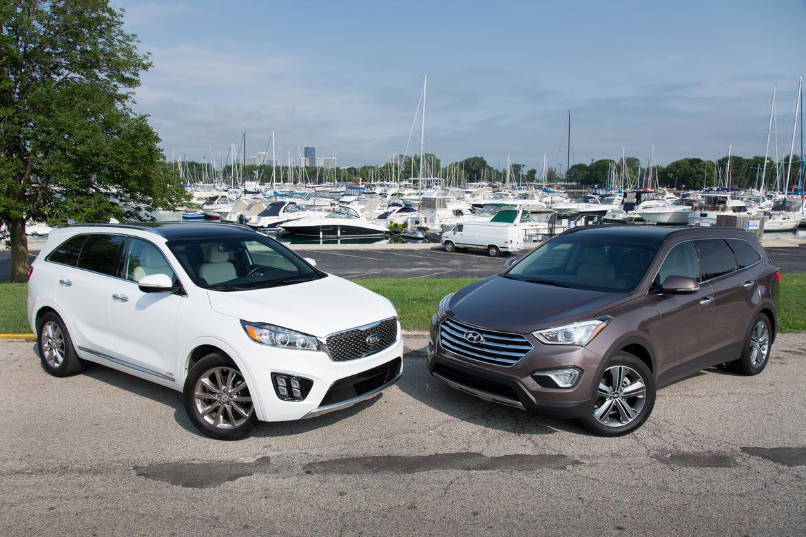 suv comparison 2016 kia sorento vs 2015 hyundai santa fe. Black Bedroom Furniture Sets. Home Design Ideas