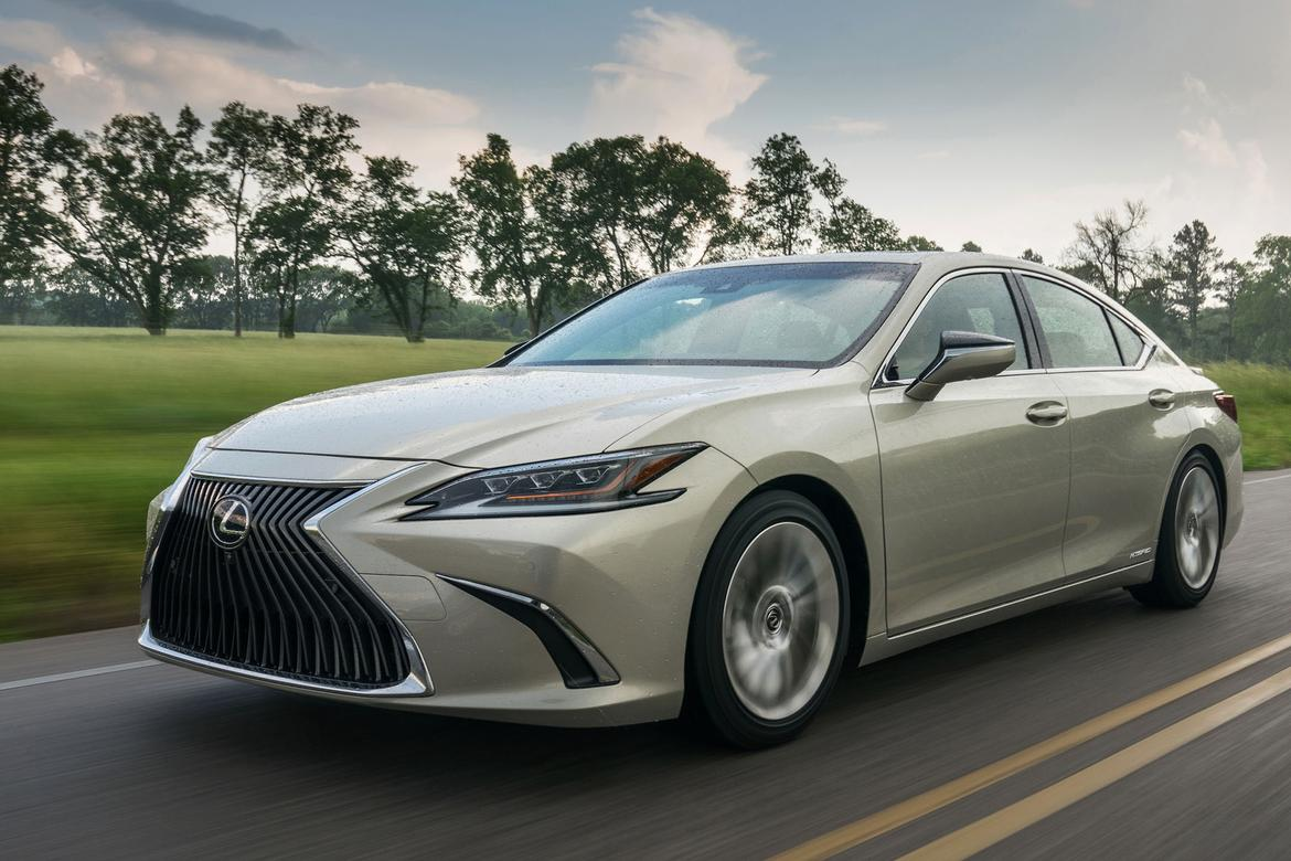 pump less, pay less: 2019 lexus es hybrid price cut, gas model goes