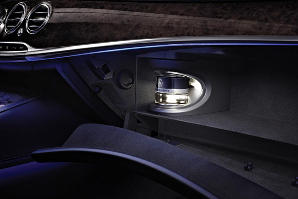 experts make scents of the new car smell news. Black Bedroom Furniture Sets. Home Design Ideas