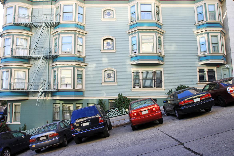 San_Francisco_Auto_Show.jpg
