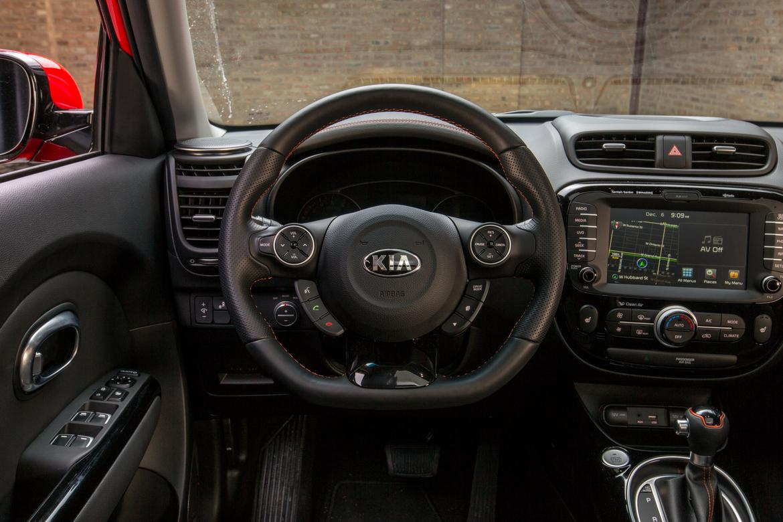 front wheel drive versus all wheel drive autos post. Black Bedroom Furniture Sets. Home Design Ideas