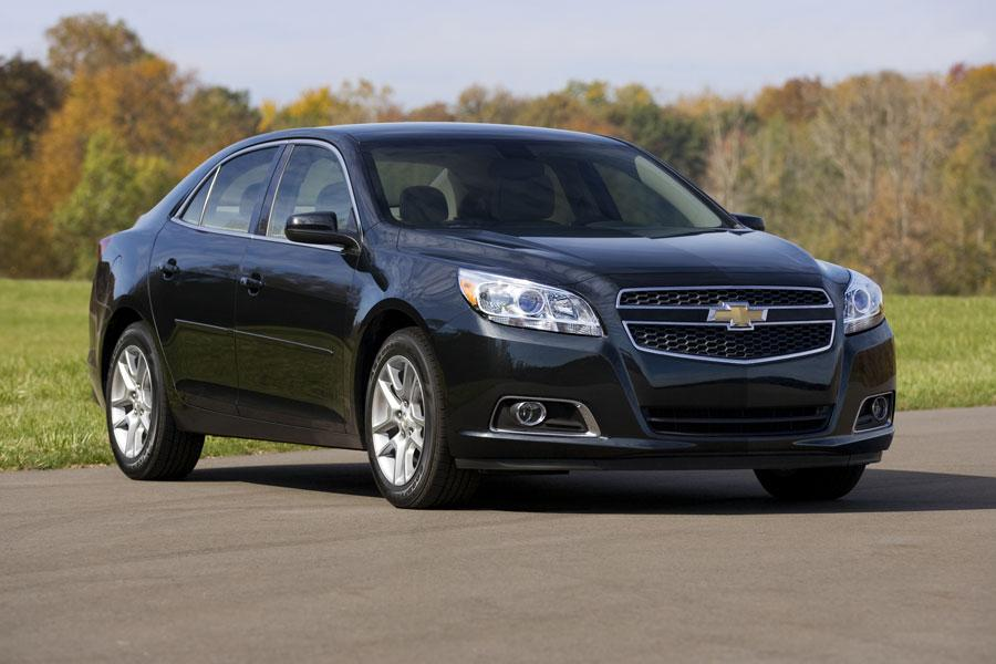 2013 Chevy Cruze For Sale >> 2013 Chevrolet Malibu - Our Review | Cars.com
