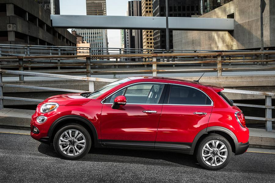 2016 fiat 500x our review. Black Bedroom Furniture Sets. Home Design Ideas