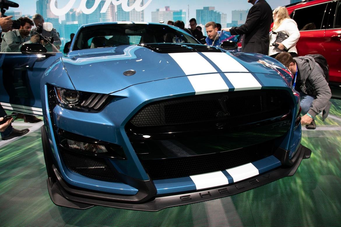07-ford-mustang-shelby-gt500-2020-cl.jpg