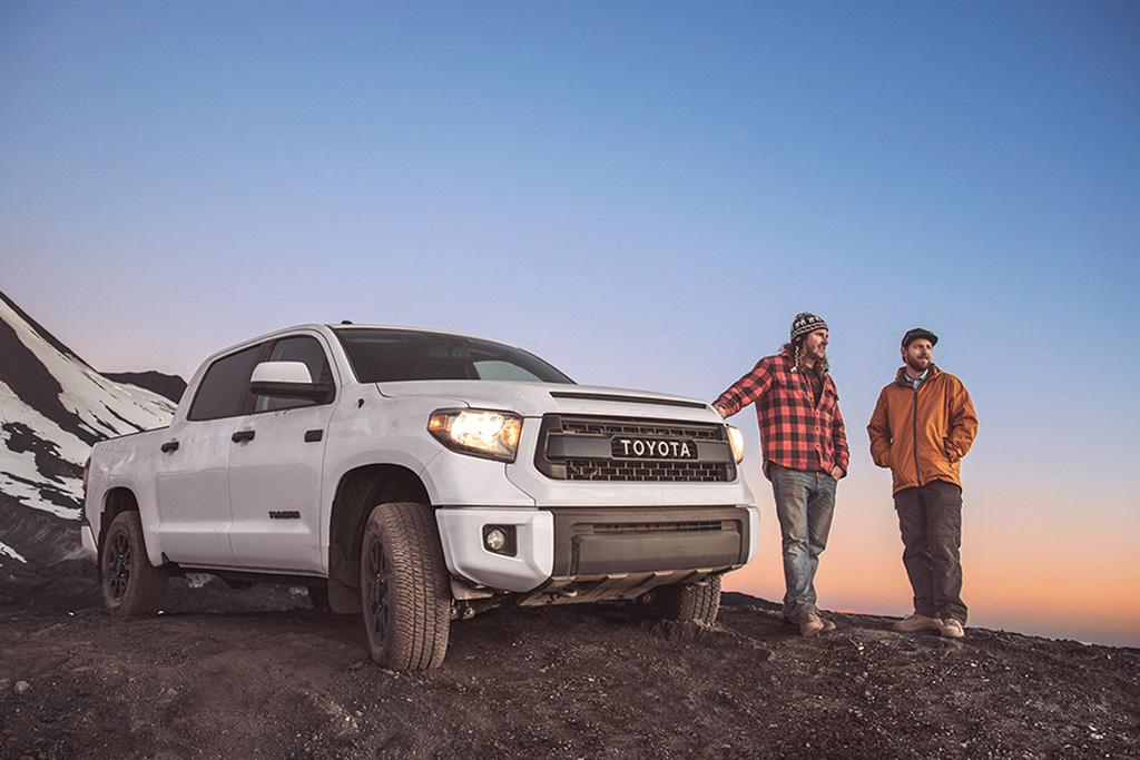 Toyota_Tundra_CrewMax_Netflix_And_Chill.jpg